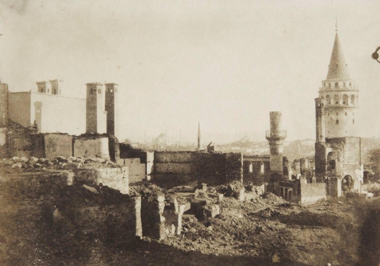 Galata Kulesi, 1852 / Fotoğrafçı: Ernest de Caranza