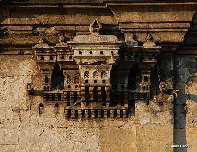 Üsküdar Ayazma Camii Üzerindeki Kuş Evi
