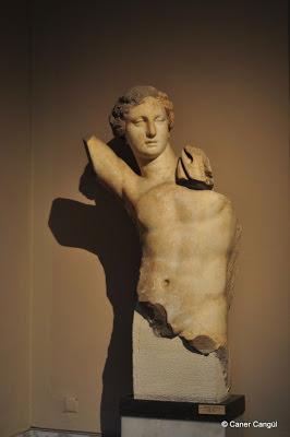 Apollon Heykeli, Tralles (Aydın), Helenistik Dönem, MÖ 2. YY