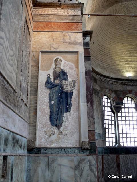 Naos'taki İsa Mozaiği